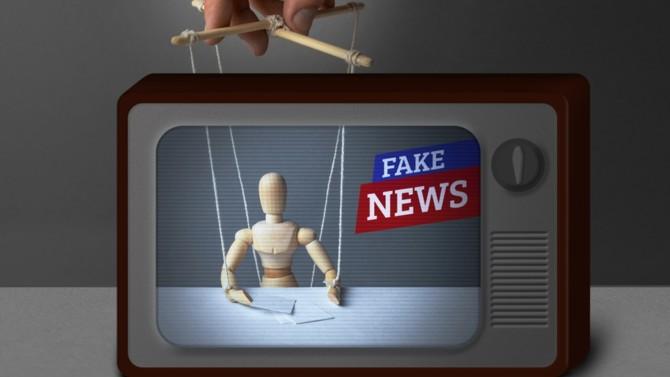 Le documentaire Hold Up ou les articles révélant un racisme d'État montrent que les États-Unis n'ont pas le monopole des fake news. Un danger qui alarme jusqu'à l'Élysée. Et pour cause, rumeurs et fausses nouvelles constituent un péril pour la démocratie.