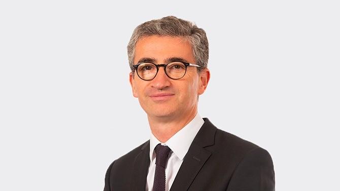 À la tête du département droit social de Jeantet, Nicolas Mancret est reconnu pour son expertise en matière de gestion sociale des restructurations d'entreprises. En cette période de crise, il est aux côtés des DRH pour faire face aux bouleversements.