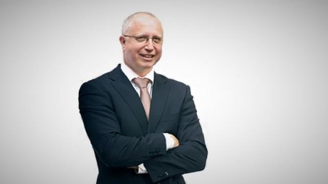 Le spécialiste de la signature électronique e-SignProof a ouvert en octobre dernier un premier bureau à Nantes. Son dirigeant, Daniel Piestrak, ambitionne de hisser la start-up du droit au top 5 des leaders du marché grâce d'ici trois ans à une offre renforcée et novatrice.