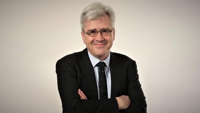 Stephen Walters rejoint Jeantet en qualité d'associé. Accompagné de son équipe, il consolidera la pratique internationale du pôle corporate du cabinet.
