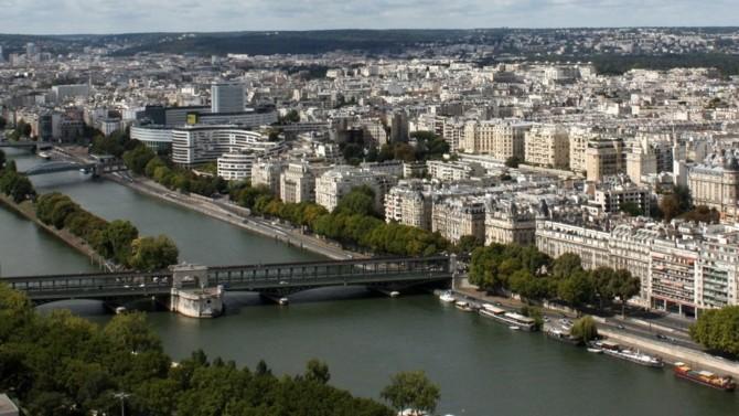 Paris La Défense qui souhaite se doter d'une «raison d'être», Eurazeo qui se développe dans les infrastructures, Shell sur le point d'acquérir ubitricity… Décideurs vous propose une synthèse des actualités immobilières et urbaines du 25 janvier 2021.