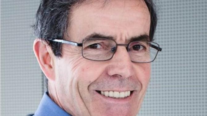 """Passionné et inspirant pour les générations futures, Jean-Marie Tarascon occupe la chaire """"Chimie du solide et de l'énergie"""" au Collège de France depuis 2011. Le prix Balzan 2020 qui récompense les défis environnementaux lui a été décerné pour ses travaux avant-gardistes sur les batteries lithium-ion et les batteries intelligentes. Il partage avec Décideurs sa vision de l'innovation."""