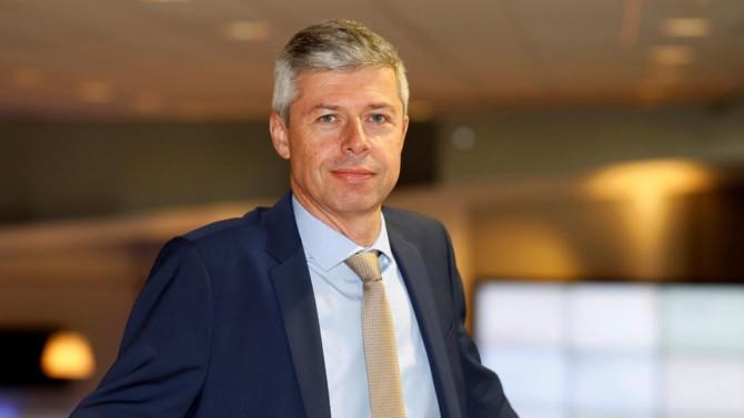 Le groupe Legrand fait figure de précurseur en matière de responsabilité sociétale des entreprises. Son directeur financier, Franck Lemery, dresse le bilan des avancées du fabricant de matériel d'installation électrique limougeaud.
