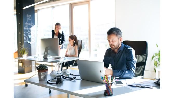 Sans solution de gestion globale, les processus d'achats peuvent devenir un véritable casse-tête numérique pour les PME/ETI. Depuis les demandes d'achats jusqu'aux différentes factures des fournisseurs, une plateforme de sourcing permet d'automatiser et de centraliser les prestations. Elle répond parfaitement aux besoins de l'entreprise !