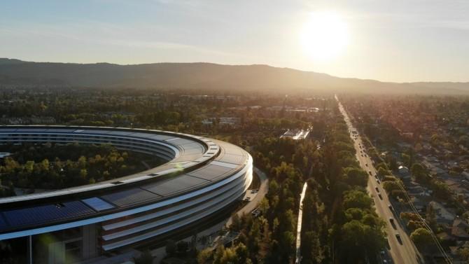 Présent dans la Silicon Valley depuis juillet 2020 avec l'ouverture d'un bureau provisoire, le cabinet anglais Freshfields Bruckhaus Deringer concrétise ses ambitions américaines en s'installant au cœur de la région pour au moins dix ans.