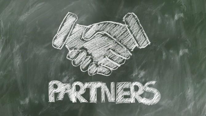 La banque d'affaires Financière de Courcelles a conclu avec la société FinTouch un accord pour accompagner les PME et ETI dans leur développement au cœur des territoires.
