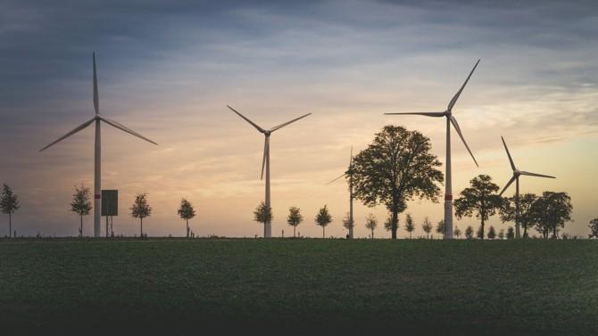 Le Haut Conseil pour le climat (HCC) a publié un avis en amont du processus législatif qui analyse la contribution du projet de loi à la transition bas-carbone et le processus d'évaluation dudit projet au regard du climat. Décryptage.