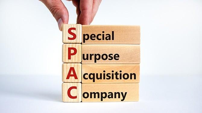 """Plus rien ne semble l'arrêter. Le Spac (Special Purpose Acquisition Company) monte en puissance et attire de plus en plus d'investisseurs institutionnels qui y trouvent """"le meilleur des deux mondes"""", le private equity combiné à la liquidité de la cotation. Un nouvel acteur émerge ; le M&A en sortira vainqueur."""