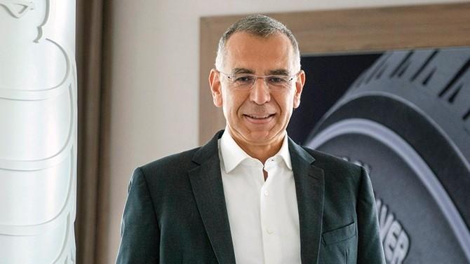 Attractivité, diversité, gestion des compétences... Jean-Claude Pats, le directeur du personnel du groupe Michelin, évoque pour Décideurs les défis à relever pour pérenniser une enseigne française déjà plus de centenaire.