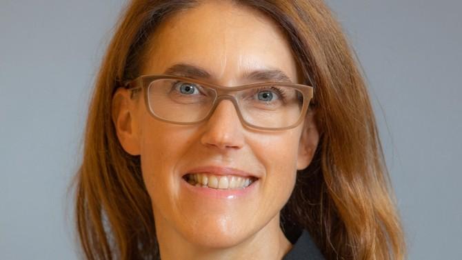 Dorothée Sauloup, Responsable Département Ventes  & Distribution de la BANQUE PATRIMONIALE D'AXA nous parle des nouveautés attendues pour cette année en matière d'épargne.