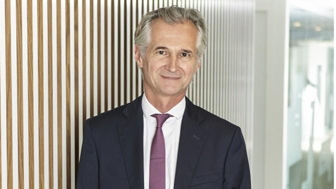 L'ancien numéro deux de la Caisse des dépôts et consignations et fondateur du cabinet d'avocats BDGS remplacera Denis Duverne à la présidence du conseil d'administration d'Axa à partir d'avril 2022. Ou comment le droit est plébiscité à la tête des grandes entreprises françaises.