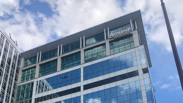 Le géant européen de la gestion d'actifs met la main sur la quasi-totalité de Lyxor, jusqu'alors filiale spécialisée dans la gestion d'actifs de la Société Générale. Une façon pour Amundi d'accélérer encore sur les ETF.