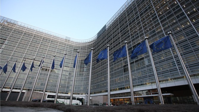 Pour la Commission européenne, la compétitivité des entreprises de l'Union passerait par un durcissement des contrôles portant sur les aides d'État et les subventions publiques des entreprises agissant sur le marché des 27. Un texte sera rendu public la semaine prochaine.