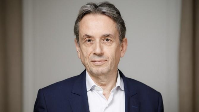 Hubert Fabre, à la tête de l'association Notaires Conseil d'Entreprise, qui regroupe plus de 235 études notariales dans toute la France, explique pourquoi les dirigeants d'entreprise ont tout intérêt à s'entourer d'un notaire. Son ambition : promouvoir le droit des affaires au sein du notariat et plus largement dans l'écosystème économique français.