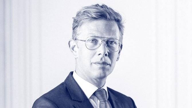 Pierre Léo Jeanmougin accède à l'association au sein du cabinet d'affaires et prend la tête du pôle restructuring/entreprises en difficulté.