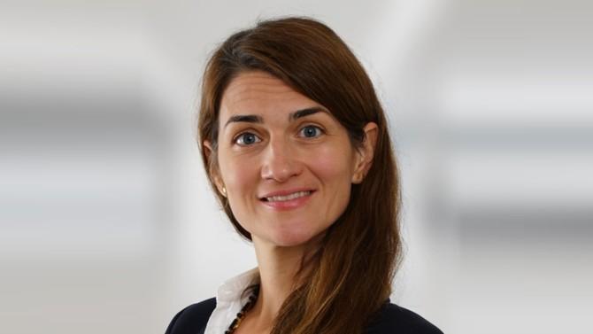 Au milieu de la trentaine d'avocats cooptés par le cabinet anglais à travers le monde, Milica Zatezalo-Falatar accède au statut d'associée à Paris.