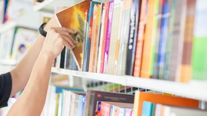 Le confinement semble toucher à sa fin. Mais ce n'est pas une raison pour lire moins. BD, histoire, essais… Décideurs vous présente sa sélection littéraire du mois.