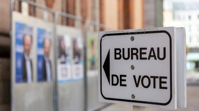 De moins en moins nombreux, historiquement à droite, convertis au macronisme mais allergiques à Marine Le Pen. Alors que l'Ascension et les régionales approchent, voici ce qu'il faut savoir sur le positionnement politique des catholiques de France.