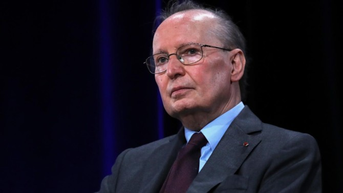 """Conseiller de Jacques Chirac, Raymond Barre ou Nicolas Sarkozy, entrepreneur à succès dans le conseil RH, Raymond Soubie fait aujourd'hui figure d'oracle. Sa parole est rare mais reste écoutée, notamment pour réfléchir au """"monde d'après""""."""