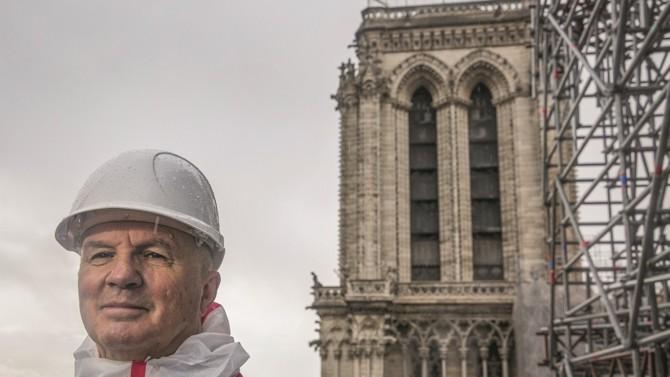 Considérée par certains comme le chantier du siècle, la restauration de Notre-Dame de Paris finalise sa phase de sécurisation. Le général d'armée Jean-Louis Georgelin, représentant spécial du président de la République et président de l'établissement public chargé de la conservation et de la restauration de la cathédrale, revient sur les différentes problématiques générées par cette rénovation hors norme.