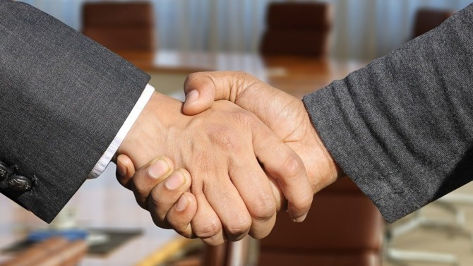 Bruno Delpeut quitte Anseris, le groupe de CGP qu'il a fondé en 2019 pour rejoindre MNK Partners en tant que directeur exécutif et associé de MNK Global Sales.
