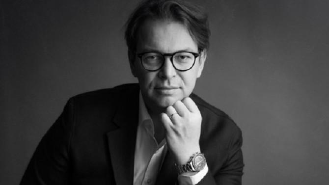 eXp France, dans la continuité d'eXp Realty aux États-Unis, propose un nouveau modèle d'agence immobilière dont la singularité réside dans sa dématérialisation totale. Samuel Caux, directeur général France, détaille les ressorts du modèle disruptif d'eXp Realty et affiche ses ambitions pour la France.