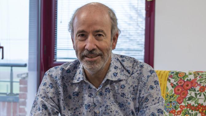SylvainBreuzard,président fondateurdeNorsys,président de Greenpeace France et fondateur du réseau Étincellerevient surla création de son entreprise et surson engagement pour la protection de l'environnement.