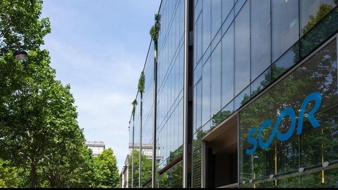 En conflit depuis la tentative de rachat de Scor par Covéa en août 2018, les deux grands acteurs du secteur de l'assurance ont finalement signé un accord transactionnel le 10 juin 2021 afin de mettre un terme à leur querelle.
