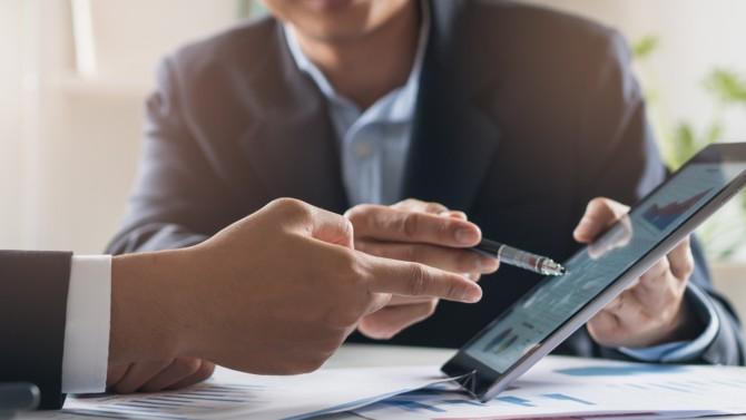 Dispositif d'épargne retraite institué en 2019, le PER Collectif est venu remplacer l'ancien PERCO. Fiscalité, portabilité, flexibilité, il présente de nombreux avantages pour l'entreprise, le chef d'entreprise et les salariés.