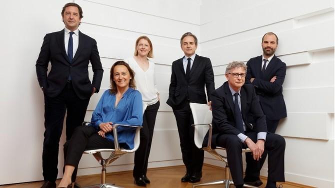 Le cabinet d'avocats spécialistes du contentieux des affaires Laude Esquier Champey vient de fêter ses 13 ans d'existence. Passée la phase de lancement, la structure a connu une décennie d'activité intense, rythmée par le déploiement de son offre, le renforcement de son partnership et la construction d'une renommée sur le marché du droit. Retour sur une success story à la française.