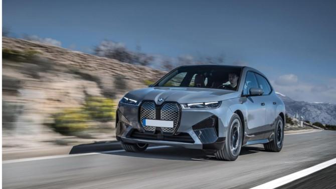 Attendu en novembre, ce nouveau modèle 100 % électrique signé du constructeur allemand s'annonce comme un véritable bijou conjuguant performances, luxe et haute technologie.