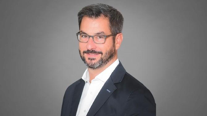 Aramis Group, leader européen de la vente en ligne de voitures d'occasion, a réalisé au mois de juin 2021 la plus grosse introduction en Bourse de Paris depuis celle de la FDJ en 2019. Guillaume Paoli, co-fondateur et co-président, revient sur cette étape stratégique dans le développement du groupe français.