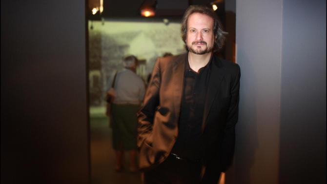 Avec l'ouverture en 2007 de la Pinacothèque de Paris, Marc Restellini a sorti de sa torpeur l'establishment ronronnant des musées français. Enquête sur un esthète businessman. Par Émilie Vidaud.