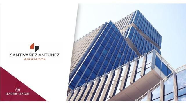 Santiváñez Antúnez opens in Chile