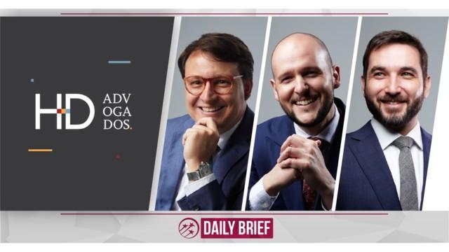Seasoned Trio Launch HD Advogados
