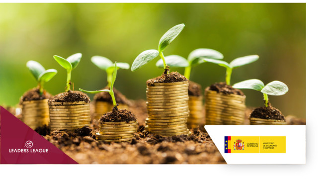 Spain launches first sovereign green bond with €5bn debut