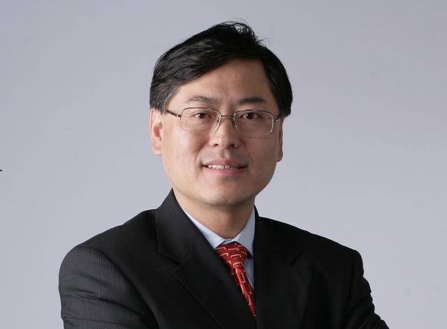 Yuanqing Yang (Lenovo): discreet speaker, ambitious doer